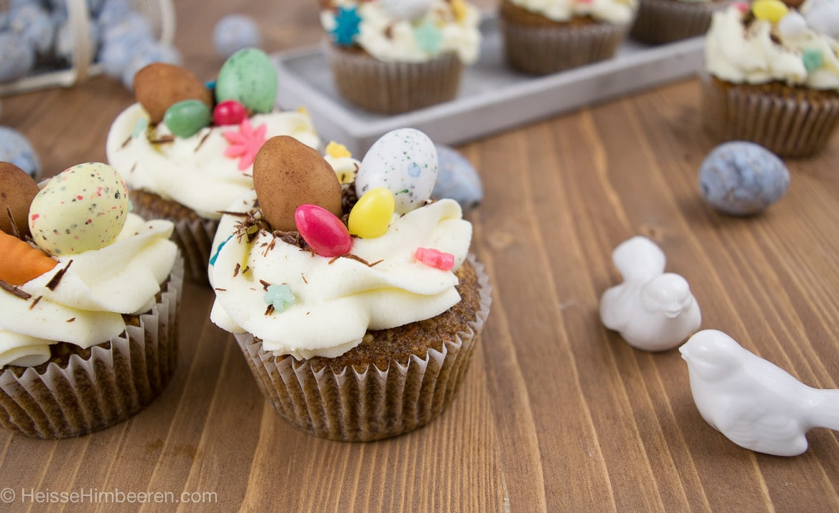 Oster_Carrote_Cake_Cupcakes-13