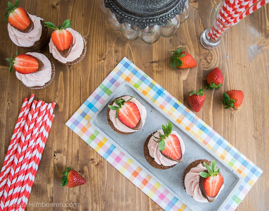Erdbeer_Nougat_Cupcakes-4