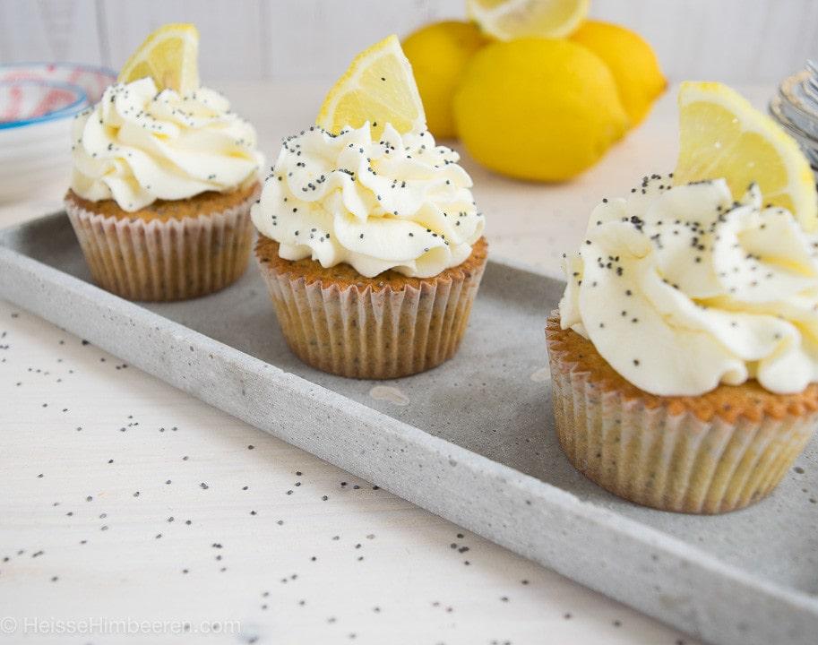Zitronen_Mohn_Cupcakes-3