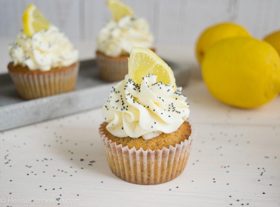 Zitronen_Mohn_Cupcakes-5