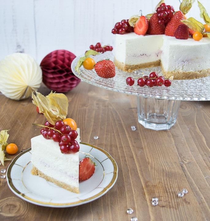Cremig fruchtiger No Bake Cheesecake mit gaaaaanz viel Frucht