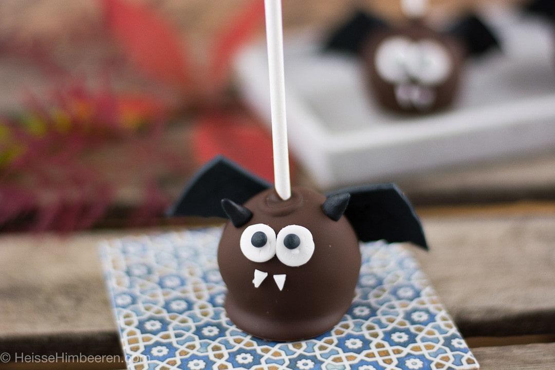 fesche_fledermaeuse-oder-die_niedlichsten_halloween_cake_pops-2