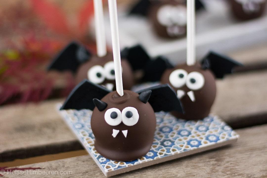 fledermaus halloween cake pops heisse himbeeren. Black Bedroom Furniture Sets. Home Design Ideas