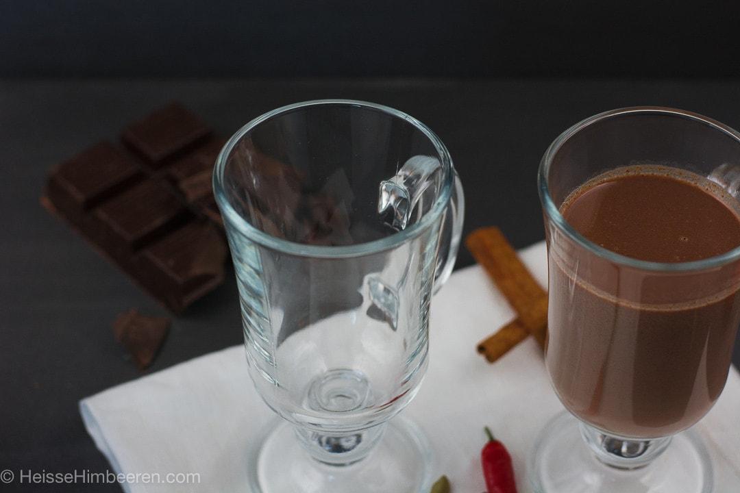 heisse_schokolade_mit_gewuerzen-2
