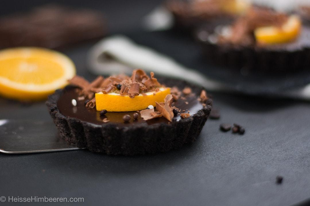 Samtige No Bake Schoko Orangen Tartelettes