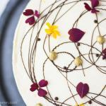 Butternuss Kürbis Kuchen mit Zitronencreme und weißer Schokolade