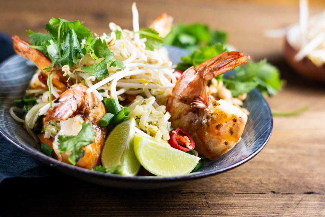 10 Minuten Pad Thai mit Garnelen