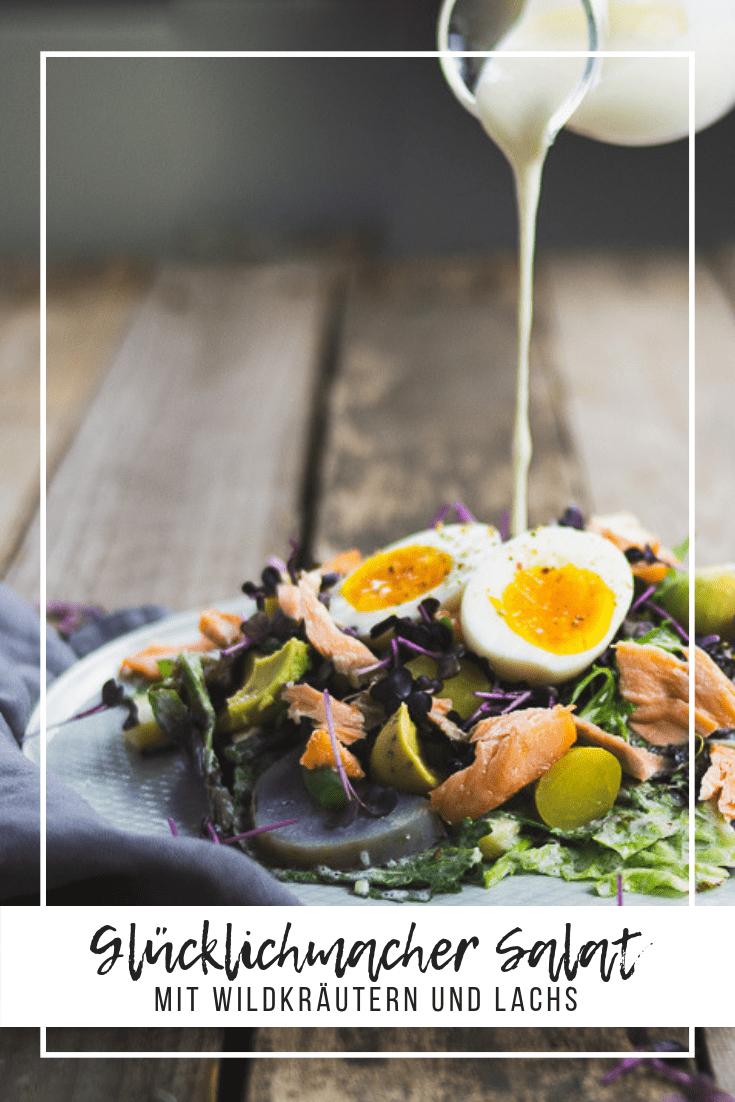 Der Ernte Frischer Salat mit gekochten Kartoffeln, Grünen Bohnen, geräuchertem Lachs und dem leckersten Dressing aller Zeiten. #lachs #salat #gesundundlecker #rezept #salatrezept #kochen #abendessen #mittagessen