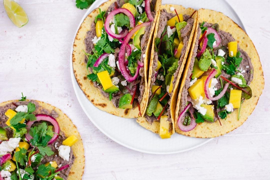 Die Besten Veggie Tacos mit grüner Wundersauce