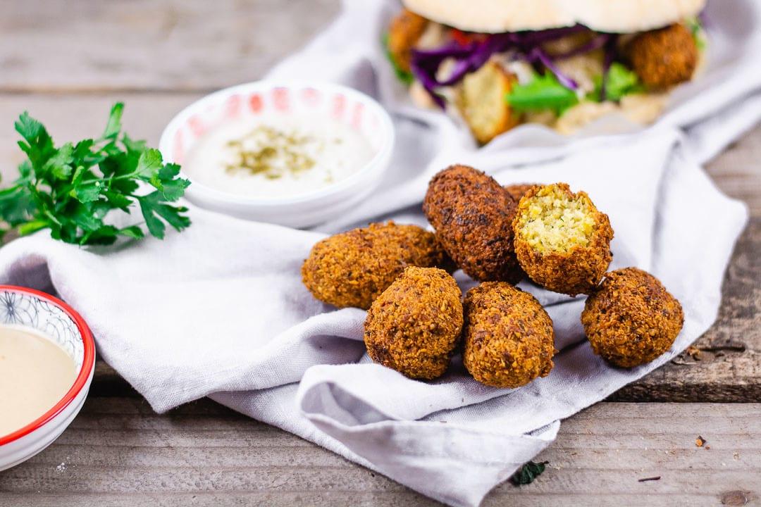 Falafel – orientalische Kichererbsen Bällchen